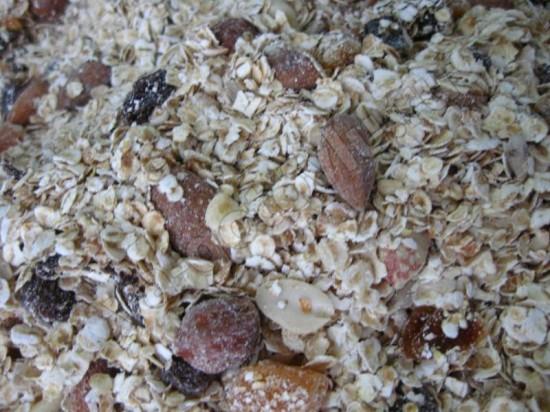 мюсли из орехов и сухофруктов