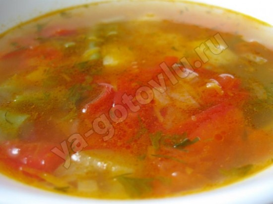 Готовый суп со спаржевой фасолью