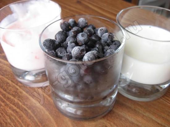 Ингредиенты для смузи с черникой