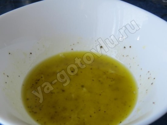 Заправка для салата с тунцом