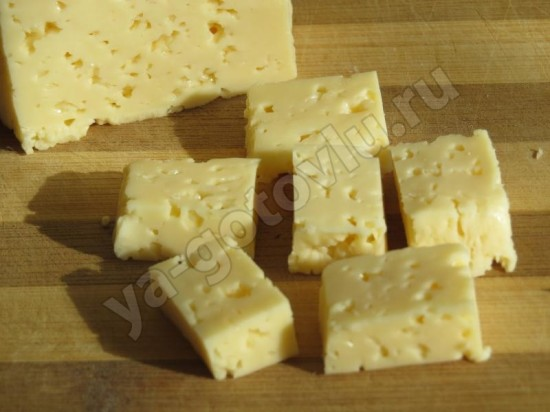 Сыр нарезанный кубиками для начинки