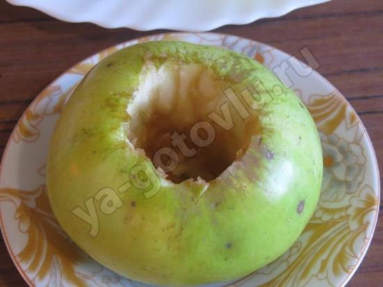Яблоко без сердцевины